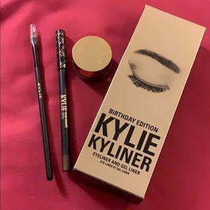 Kylie Cosmetics Birthday Edition Kyliner Kit